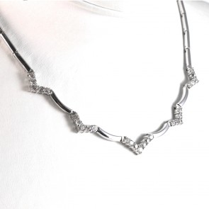 Collana collier catena barrette oro con inserti a V di zirconi- 42 cm; 23 gr