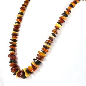 Collana ambra tricolore a sassi irregolari, a scalare, 8-18 mm - 57.9 gr; 62 cm