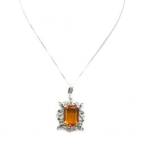 Ciondolo rettangolo oro, quarzo citrino, zaffiri -0.45 ct- e diamanti -0.70 ct; 8.8 gr