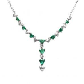 Collana oro, smeraldi taglio cuore - 1.89 ct - e diamanti -  1.45 ct- 42 cm; 7.32 gr.
