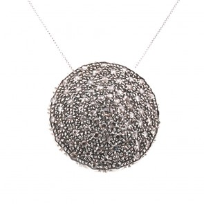 Ciondolo maxi toppa circolare in stile, oro, argento e diamanti