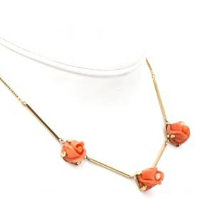 Collana oro e rose di corallo rosso - 13 gr; 40 cm