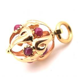 Ciondolo charm in oro e rubini -5.18 gr.