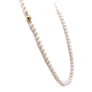 Collana da 62 cm di perle giapponesi - 7.5 mm- con chiusura boulle in oro; 48.74 gr