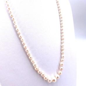 Collana da 51 cm di perle giapponesi - 3-7.5 mm- chiusura in stile oro e mini smeraldo; 14.51 gr