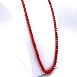 Collana di corallo rosso, barilotti a scalare -5-10 mm- e oro - 52.77 gr; 78 cm