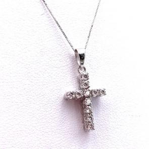 Ciondolo croce oro e diamanti - 0.33 ct - 2.2 cm x 1.1 cm; 2.3 gr.