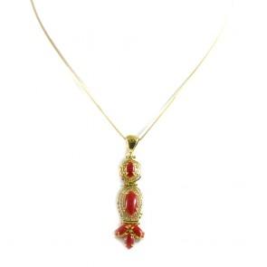 Ciondolo in stile oro traforato e corallo rosso - 4,4 gr