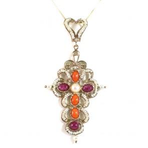 Ciondolo croce artistica in stile oro,  rubini, coralli e microperle