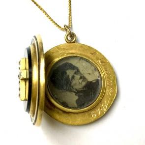 Ciondolo portafoto casolette antico oro, onice e diamanti -15,6 gr