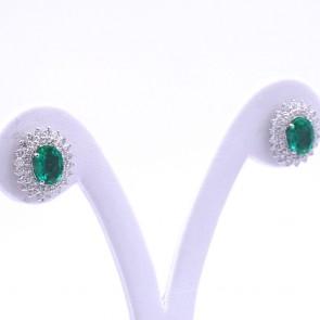 Orecchini a margherita oro, smeraldo -2.05 ct- e diamanti -1.27 ct- 1.5 cm; 4.75 gr
