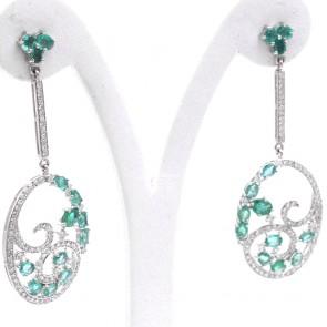 Orecchini pendenti regali oro, smeraldo -4.43 ct- e diamanti -1.45 ct- 6 cm; 11.1 gr