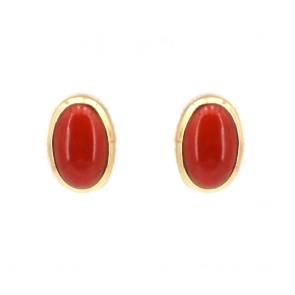 Orecchini al lobo in stile oro e ovali di corallo rosso