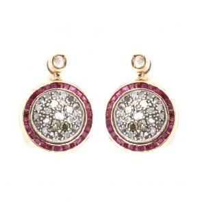 Orecchini toppa in stile, oro con rubini e diamanti