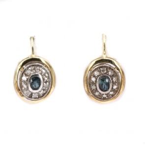 Orecchini toppa in stile, oro con zaffiri e diamanti