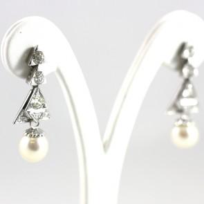 Orecchini pendenti in stile decò, triangoli oro e diamanti - 2-2,20 ct - con perla da 9,5 mm - 9,8 gr; 3,8 cm