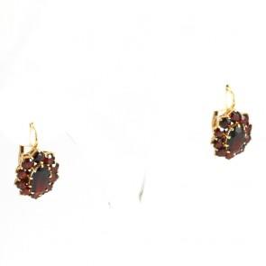 Orecchini pendenti in stile margherite ovali oro e granati - 2,1 cm; 6 gr.