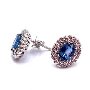 Orecchini a margherita oro, zaffiri - 1.53 ct- e diamanti - 0.37 ct; 3.91 gr