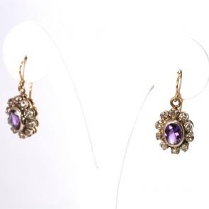 Orecchini toppe-margherite ovali, in stile, oro, diamanti -0.40-0.50 ct- e ametiste -2.3 cm; 5 gr