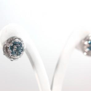 Orecchini al lobo toppe circolari oro, topazi azzurri e diamanti - 0.28 ct; 10.6 gr