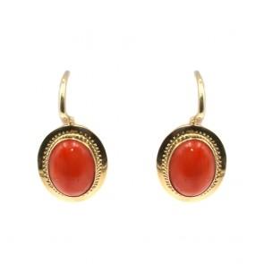 Orecchini in stile oro e ovali di corallo rosso