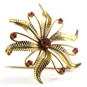 Spilla girandola fiore,  oro e rubini sintetici - 8,5 gr; 4,8 cm