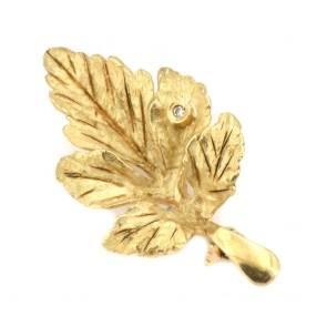 Spilla foglia oro - 5.03 gr; 3.6 cm x 1.75 cm, con mini brillantino