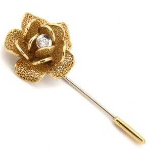 Spilla fiore in stile, oro e diamantino